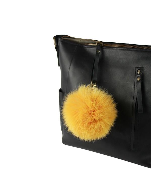 Iphigenie-Paris | Pompon bijou de sac à main couleur vieux jaune